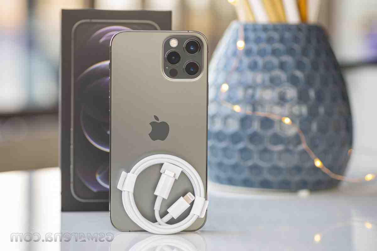 Quel chargeur pour iPhone 10 ?